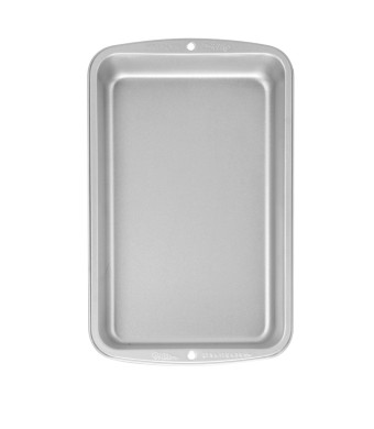 Wilton Recipe Right 11 Inch x 7 Inch Biscuit Brownie Pan