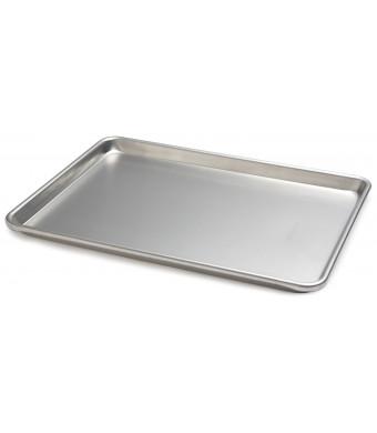 Focus Foodservice Commercial Bakeware 13 by 18 Inch 18 Gauge Aluminum Half Sheet Pan
