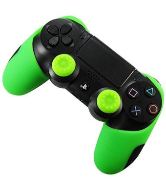 Pandaren Soft Silicone Thicker Half Skin Cover for PS4 Controller Set (Green skin X 1 + Thumb Grip X 2)