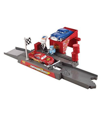 Mattel Disney/Pixar Cars Story Sets Piston Cup Pit Stop Play and Race Launcher
