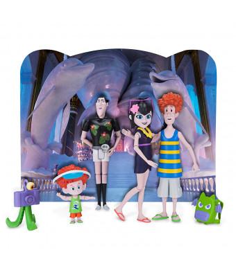 Hotel Transylvania Figures with Backdrop, Boo Voyage!