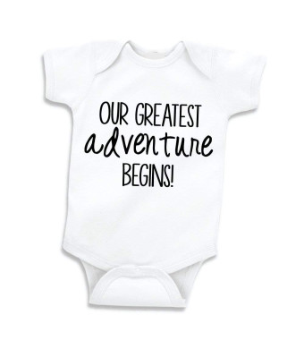 Bump and Beyond Designs Pregnancy Announcement to Family, New Parents Black