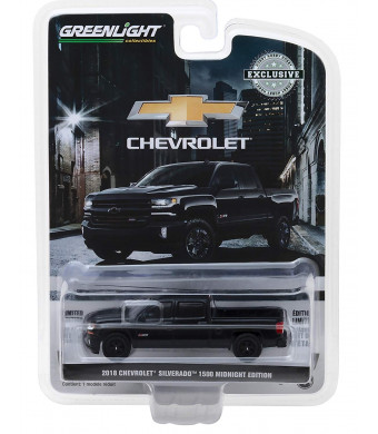 1: 64 2018 Chevrolet Silverado 1500 Z71 Crew Cab Midnight Edition (29941)
