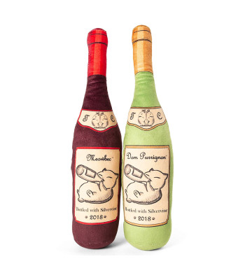 Twin Critters Organic Silvervine Catnip Toy Wine Bottle Refillable Plush 2-Pack for Cats and Kittens No Artificial Ingredients - More Powerful Than Catnip - Great Gift for Wine Lovers
