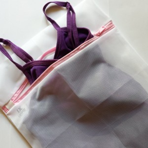 Lingerie Bags for Laundry - Ultra Fine, Zippered, Mesh Wash Bag Protects Delicates - Expensive Blouses, Hosiery, Bras and Underwear From Other Clothe