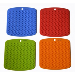 Bekith Silicone Pot Holder,trivet Mat,jar Opener,spoon Rest and Garlic Peeler (Set of 4) Non Slip,flexible,durable,dishwasher Safe,heat Resistant Hot