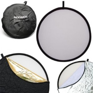 Neewer 43-inch / 110cm 5-in-1 Collapsible Multi-Disc Light Reflector with Bag - Translucent, Silver, Gold, White and Black