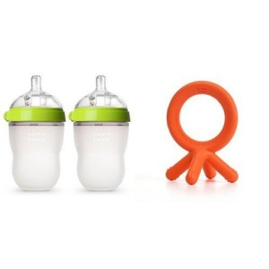 Comotomo Baby Bottle and Teether Set   Green 8oz Double Pack and Orange Teethers