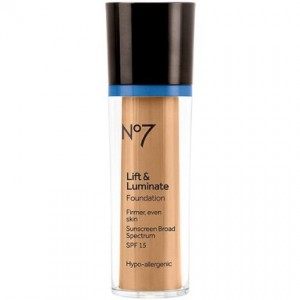 Boots No7 Lift and Luminate Foundation Cool Beige (SPF15)