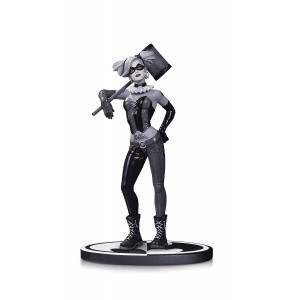 DC Collectibles Batman Black and White: Harley Quinn by Lee Bermejo Statue