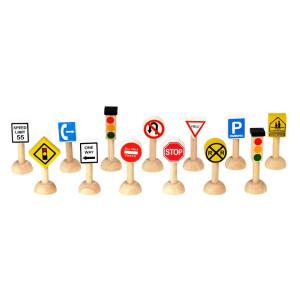 PlanToys Set of Traffic Signs & Lights - USA