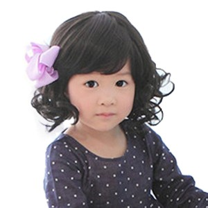 Rise World Wig Fashion Black Curly Wigs for Kids Child Bangs Heat Friendly Cosplay Wig, Dark, One Size
