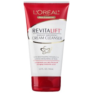 L'Oreal Paris Revitalift Radiant Smoothing Wet Facial Cream Cleanser