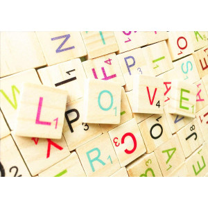 100pcs Colorful Wooden Scrabble Tiles Wooden Letters Tiles-Great for Crafts, Pendants, Spelling,Scrapbook