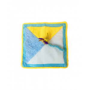 Kitty Quilt Cat Toy with Feather by Petstages
