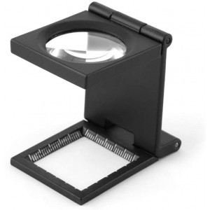 10X 28MM Mini Three-Folding Magnifier Zinc Alloy Magnifier Magnifying Glass with Scale for Textile Optical Jewelry Sewing Thread Collection Repair