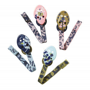 Tommee Tippee Closer to Nature Moda Pacifier Holders, 0m+ - 4 count, Pink, Aqua, and Gold