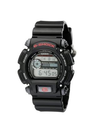 Casio Classic Core DW9052-1 Wristwatch